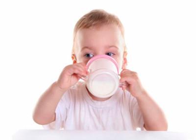 Непереносимость белка коровьего молока