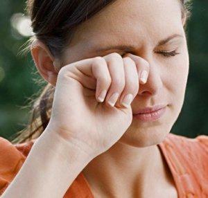 Аллергия у мастера маникюра