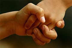 Передается ли крапивница от человека к человеку