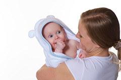 Можно ли мыть ребенка при крапивнице